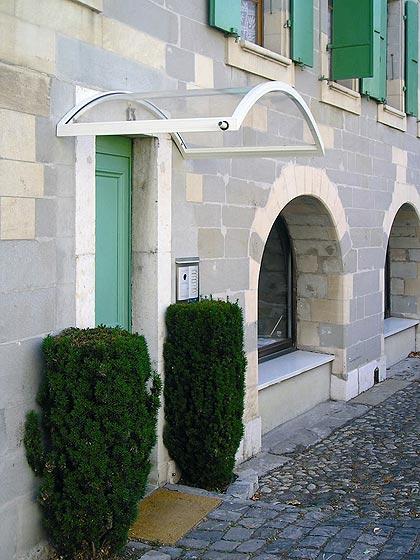 Como hacer una marquesina para puerta de entrada for Marquesinas para puertas